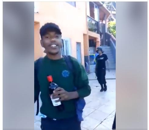 Polícia está a procura! Homens fazem filme com armas e jogando UÌSQUE no chão: Aqui o bagulho está gostosinho!