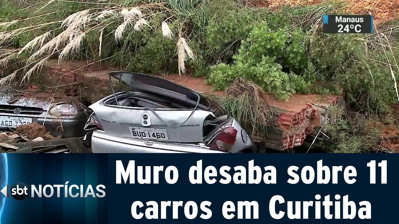Muro de condomínio cai e destrói 11 carros em Curitiba